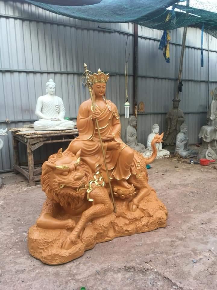 tượng phật địa tạng vương bồ tát