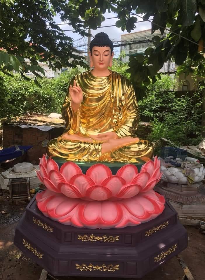 Tượng Phật thích ca bằng chất liệu composite 05