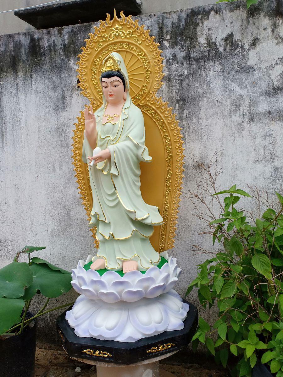 Tượng Phật bằng composite