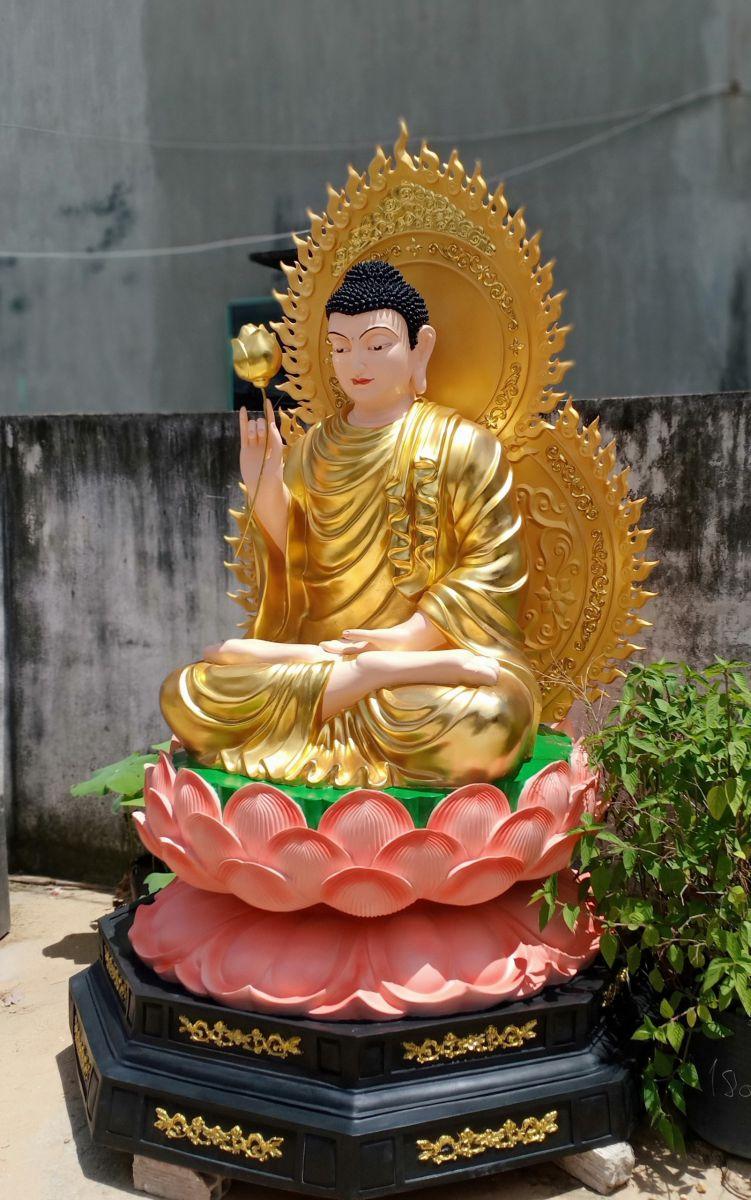tượng phật bổn sư bằng composite